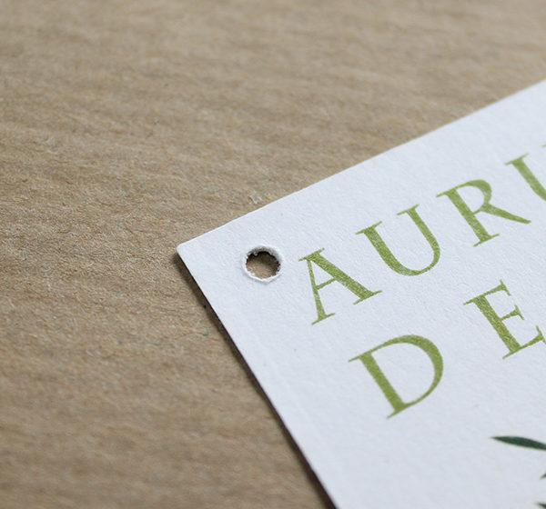 Etiquetes Oli Aurum Deum